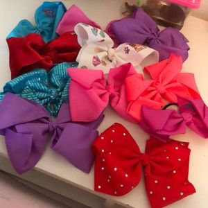 Multi Jojo siwa bows total of 11